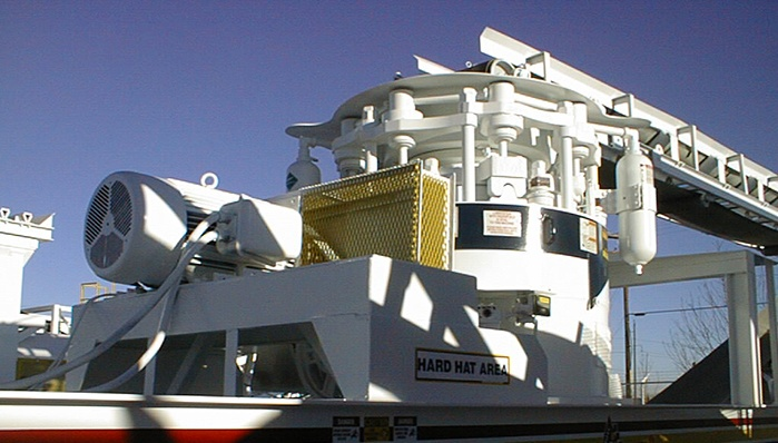 rollercone cone crusher mounted on a portable chassis