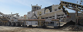 ELRUS Screen Jaw used to eliminate natural fines and round rock.